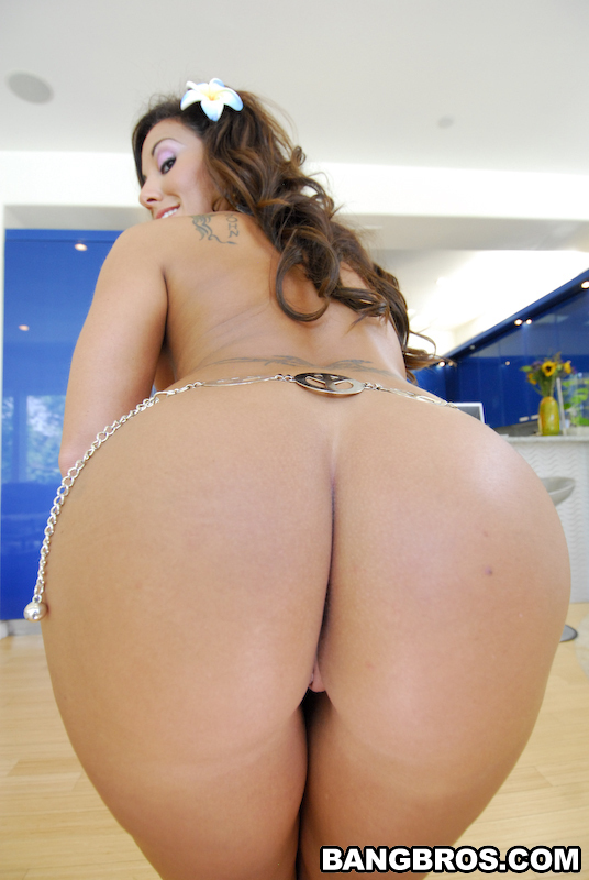 Adriana Deville Ass and Pussy
